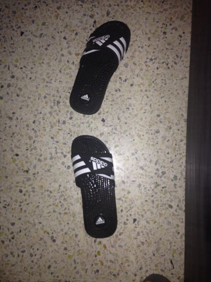 adidas black and white slippers