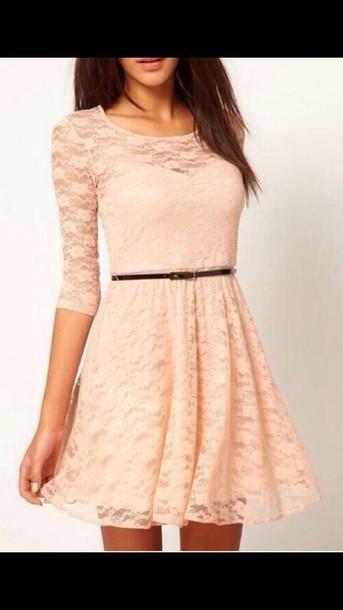dress three-quarter sleeves sweetheart neckline