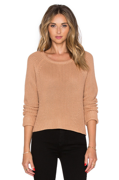 sweater tan