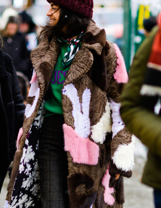 coat tumblr nyfw 2017 fashion week 2017 fashion week streetstyle printed coat fur coat faux fur coat printed fur coat sweater green sweater pants printed pants beanie winter outfits winter coat winter look