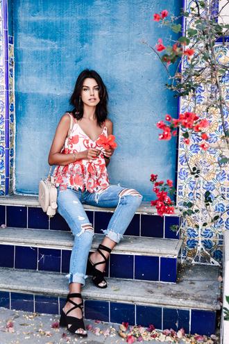 viva luxury blogger floral top ripped jeans lace up black heels red top shoulder bag nude bag black sandals summer outfits gucci bag