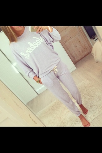 jumpsuit sleep sweater jogging pants weekend chill pastell style pastell pink purple pants