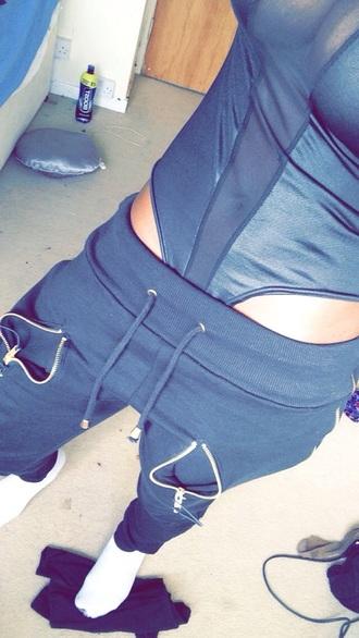 pants joggers joggers sweats joggers sweatpants grey black jeans zipper zip style top