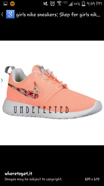 shoes nike peach floral roshe run