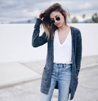 the august diaries blogger shoes jeans t-shirt sunglasses cardigan