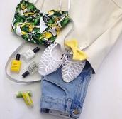top,yellow,white,citron,citrus print,lemon color,blade,crop tops,buister,summer