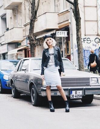 mikuta now blogger t-shirt fisherman cap net grey skirt soft grunge