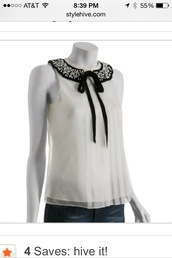 top,short sleeve,dressy tops,white top,black collar,black collar bow,black collar pearl