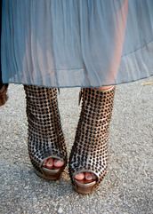 spikes,she's under the spell,shoes