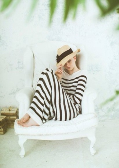 dress white stripes black hat