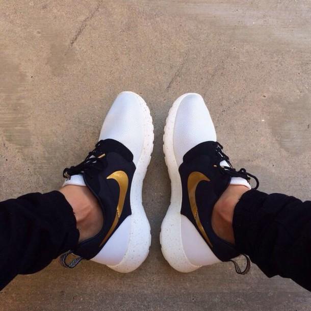 Nike Roshe Run White Black Gold