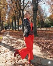 handbag,red handbag,shoes,red shoes,top,orange top,bag