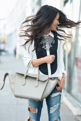 wendy's lookbook blogger grey bag statement necklace celine bag