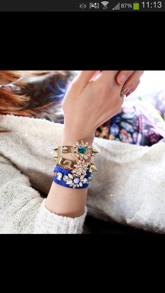 spike gold jewels diamonds rivet bracelets flower crystal