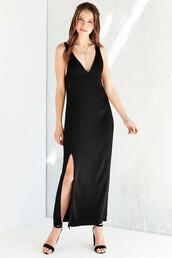 dress,black,black dress,v neck,v neck dress,slit dress,black maxi dress
