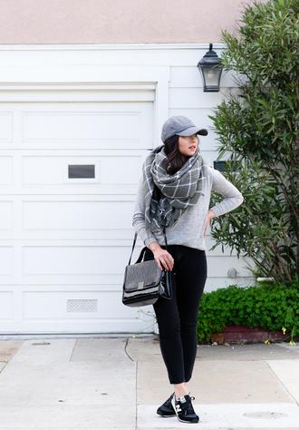 the fancy pants report blogger blanket scarf grey black pants shoulder bag