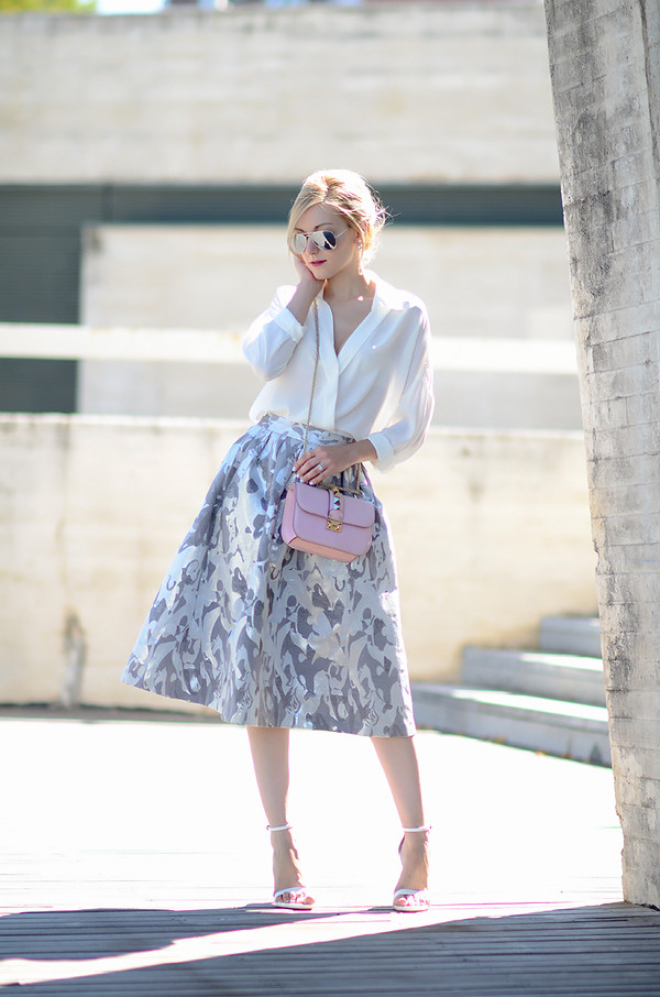 oh my vogue blogger skirt blouse shoes bag