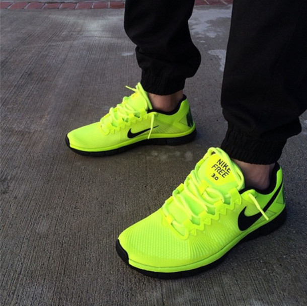 Nike free run womens neon green