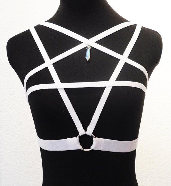Pentagramm Harness aus elastischem Satin in schwarz oder weiß mit Opalit oder Blaufluss