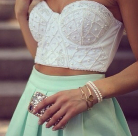phone case shirt skirt crochet crop top high waist skirts gold jewels beautiful