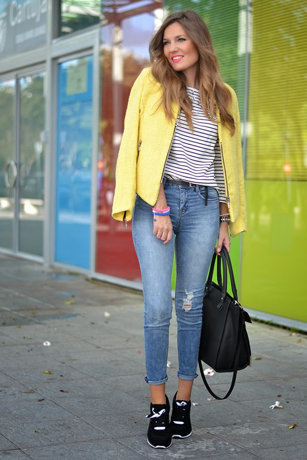 mi aventura con la moda blogger top jeans bag jewels