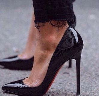 shoes louboutin patent shoes black stilettos stilettos