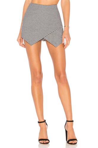 skirt white black
