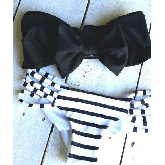 stripes black and white swimwear strapless
