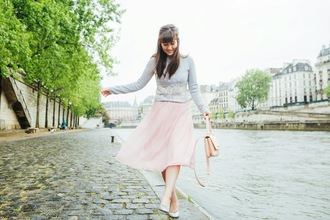 meet me in paree blogger manoush grey sweater
