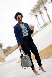 pinksole,blogger,sunglasses,jewels,jacket,t-shirt,jeans,shoes,bag,blazer,pumps,grey bag