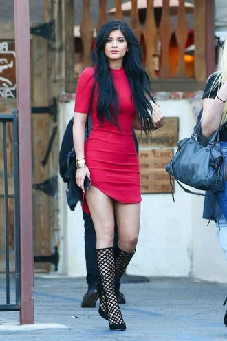 dress hot kylie jenner dress red dress shoes long hair wavy hair kylie jenner red gorgeous flawless side split bodycon dress midi dress