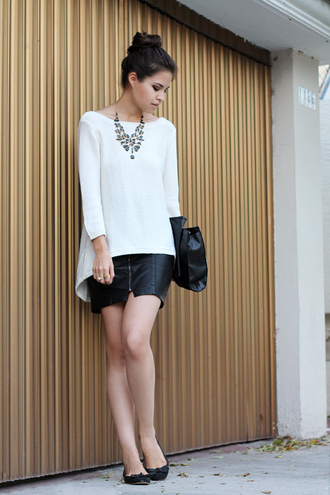 fake leather skirt sweater bag jewels