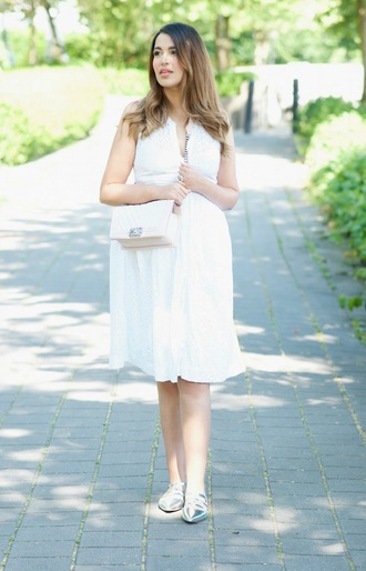 gumboot glam blogger dress bag loafers white dress chanel bag summer outfits