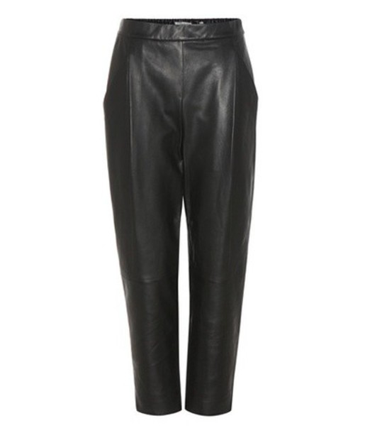 Vince Cropped Leather Trousers in black