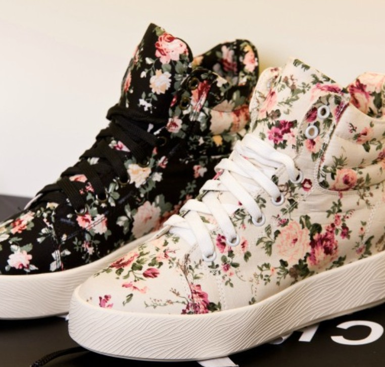 Free Shipping!Winter Ankle Boots Shoes Top Quality Branded Floral Print High Top Casual Sneakers Canvas Shoes For Women CA913-in Boots from Shoes on Aliexpress.com
