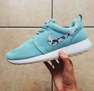 shoes roshe run roshe runs flowers