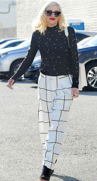 pants gwen stefani turtleneck checkered sunglasses checkered pants