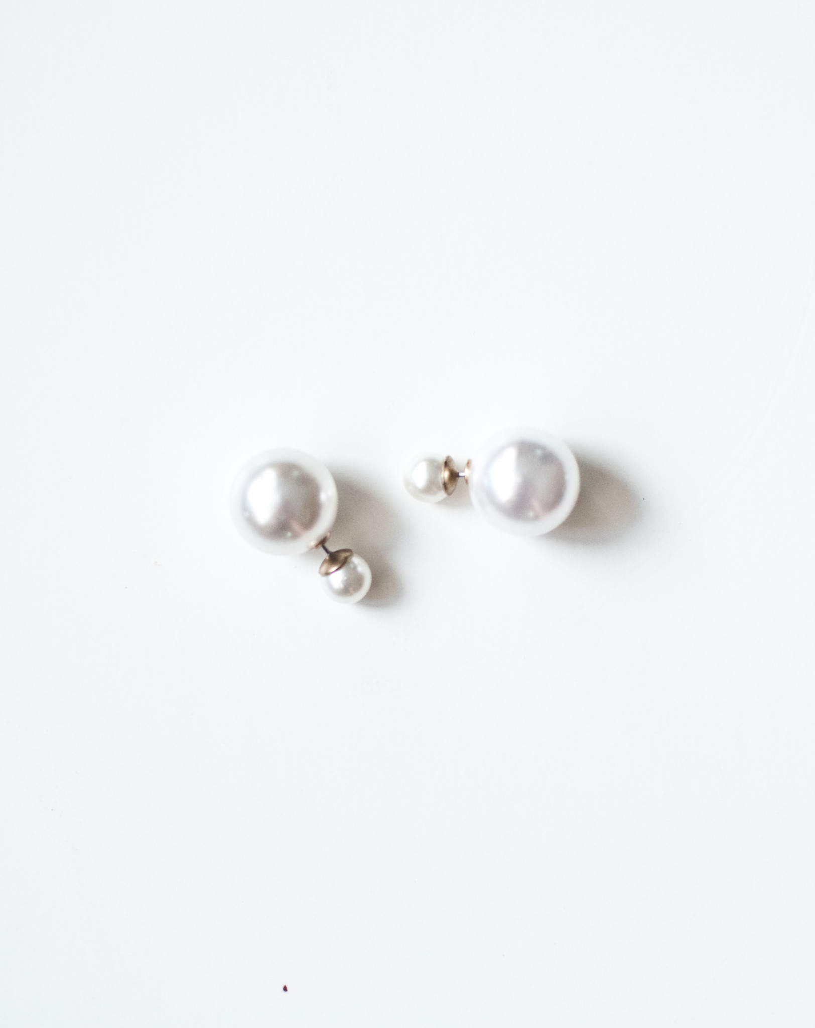 Double Back Pearl Earring