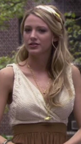 top lace gossip girl lace top serena van der woodsen white top tumblr outfit blake lively