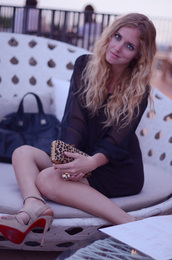 leopard print,clutch,the blonde salad,chiara ferragni,brown bag,black bag,bag