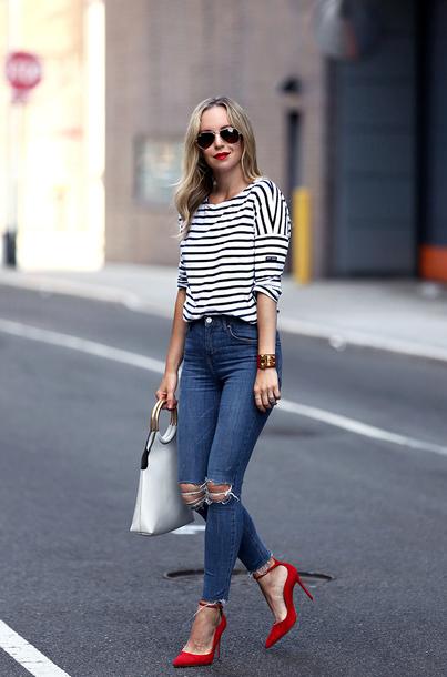 t-shirt denim jeans skinny jeans distressed denim pumps red pumps handbag blogger blogger style striped t-shirt