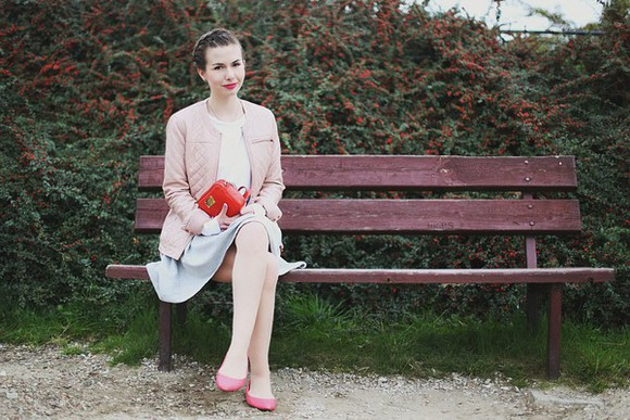 blogger ballet flats top jacket clutch kapuczina hairstyles baby pink