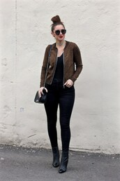 lamariposa,blogger,shirt,jeans,shoes,jewels,sunglasses,bomber jacket,brown jacket,shoulder bag,skinny jeans