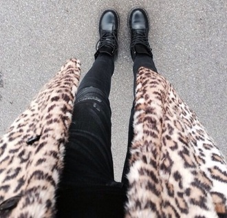 coat leopard pattern fall drmartens style nice fashion shoes