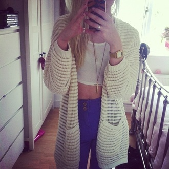sweater cardigan cream cute blue jeans cross necklace pants jeans crop crop tops white blue denim button jeans gold watch long hair summer sexy high waisted jeans oversized cardigan oversized sweater oversized jacket white crop tops silver ring high waisted skinny jeans ripped jeans boyfriend jeans sexy sweater cream sweater jewels shirt