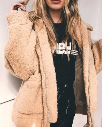 coat girly tumblr nude beige fur fur coat fur jacket zip zip up jacket comfy cute trendy h&m
