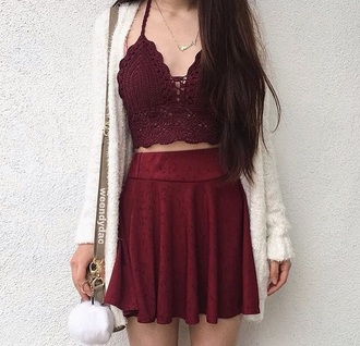 top bralette ootd fashion shirt skirt oversized cardigan cardigan sweater red burgany sweater necklace purse bag brandy melville urban outfitters free people hollister