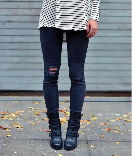 jeans black shirt stripes black white stripes top blouse shoes pants sweater earphones jewels