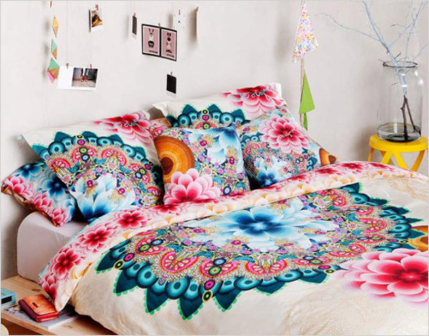Home Accessory: Bedding, Bedroom, Colorful, Floral, Hipster