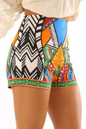 shorts,aztec,aztec shorts,summer shorts,sportswear,casual,casual shorts,workout,fitness pants,fitness,sexy,bodycon,sexy shorts,black and white,black and white shorts,multicolor,summer outfits,holiday outfit,casual women,hot pants,beach,holidays,streetwear,streetstyle,short,print,cute,cute shorts,hot,cool,girly,girly wishlist,tumblr,tumblr shorts,tumblr girl,moraki,tribal pattern,geometric